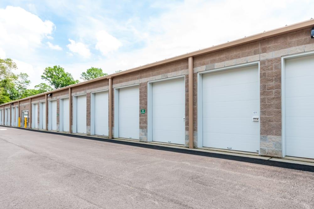 Outdoor access storage units at Metro Self Storage in Mount Laurel
