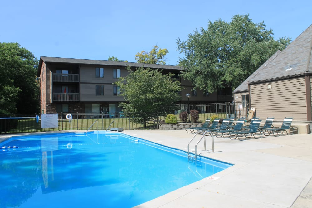 Enjoy apartments with a swimming pool that is great for entertaining at American Colony Apartments