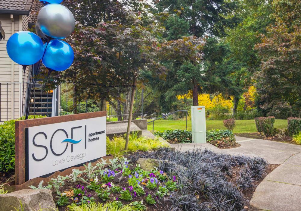 Community sign at the entrance to Sofi Lake Oswego in Lake Oswego, Oregon