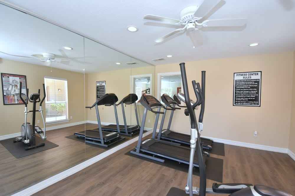 Fitness center at Park at Deerbrook Apartments
