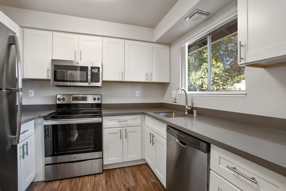 Spring Lake Apartment Homes offers a Beautiful Kitchen in Santa Rosa, California