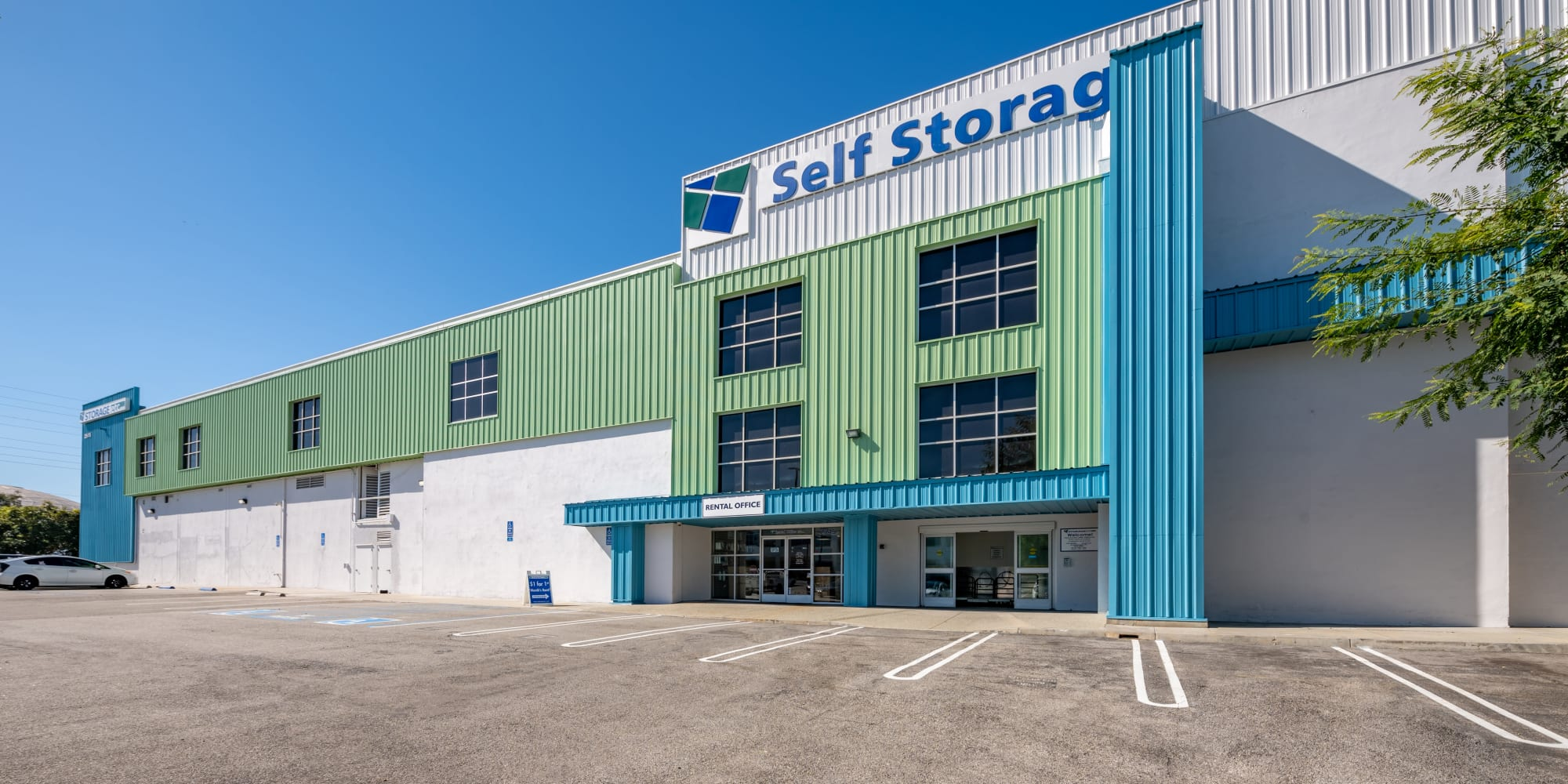 Self storage in Torrance CA