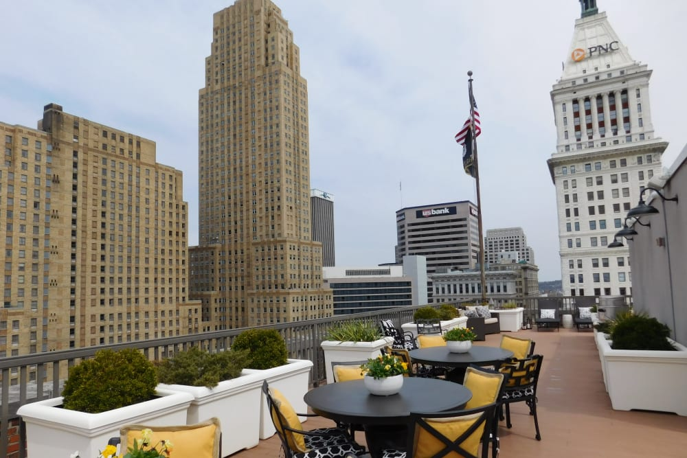 Rooftop terrace with views of the city at The Reserve at 4th and Race in Cincinnati, Ohio