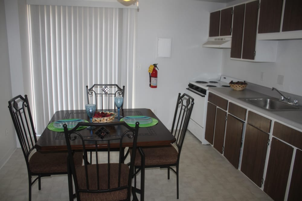 Kitchen and Dining at Campus Edge at Brigham