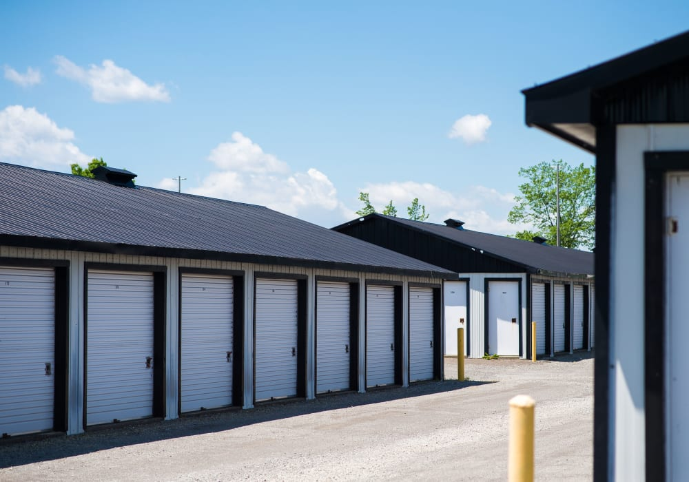 Bronco Mini Storage in Welland, Ontario, storage units