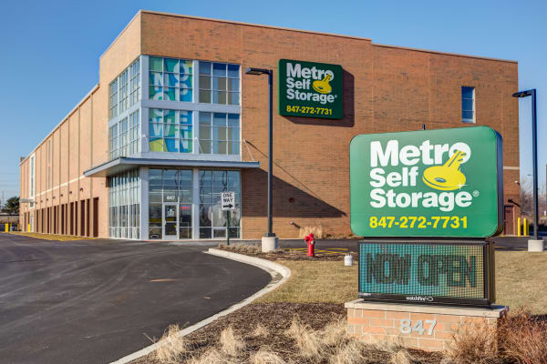 Storage street view at Metro Self Storage in Buffalo Grove, Illinois