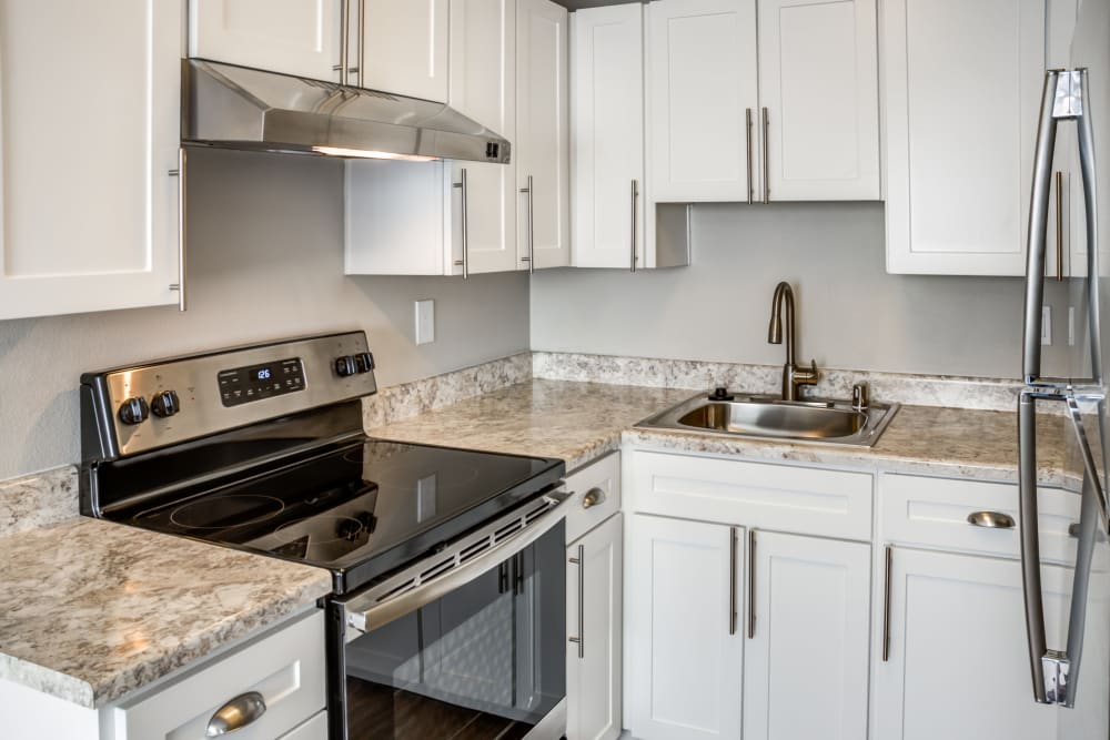 Modern kitchen at Madison Park Apartments in Vancouver, Washington