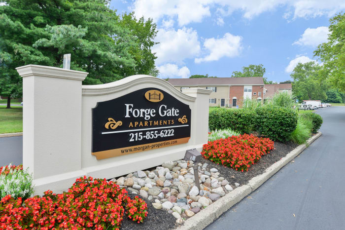 Front entrance sign at Forge Gate Apartment Homes