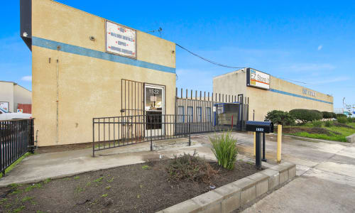 Front Office of storage units in Modesto, California