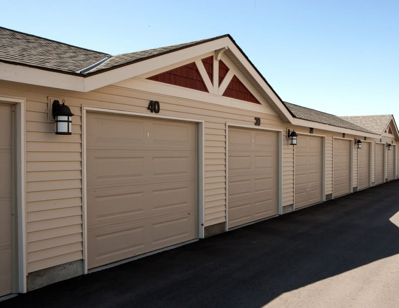 Separated garages at Affinity at Boise