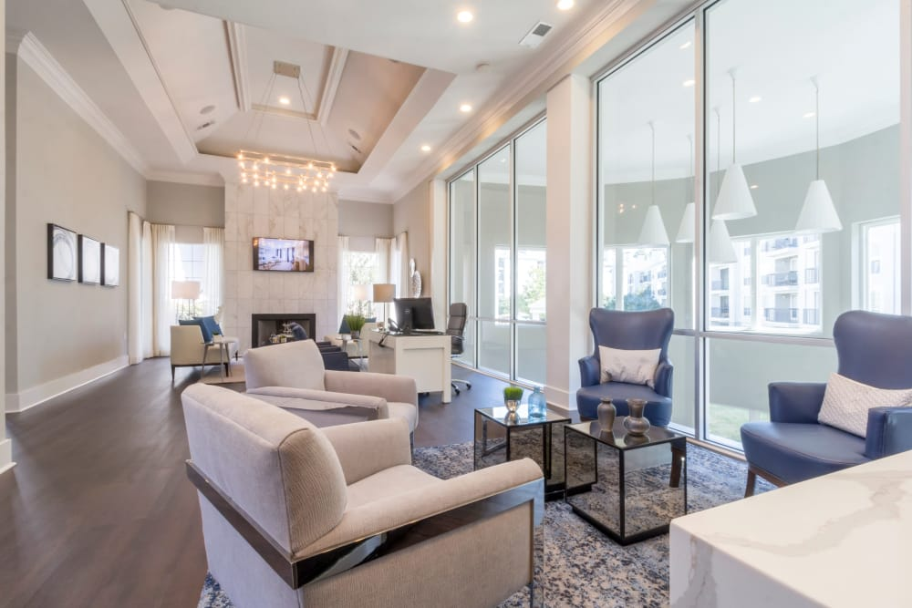 Luxury living at The Stratford Apartments in Atlanta, Georgia