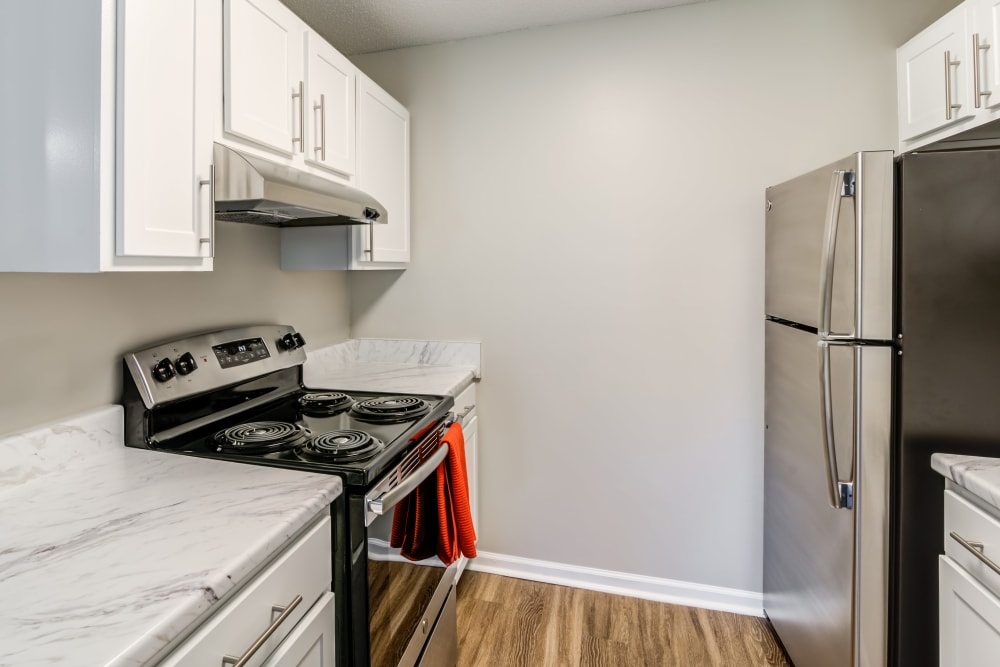 Enjoy apartments with a unique kitchen at Keystone Farms
