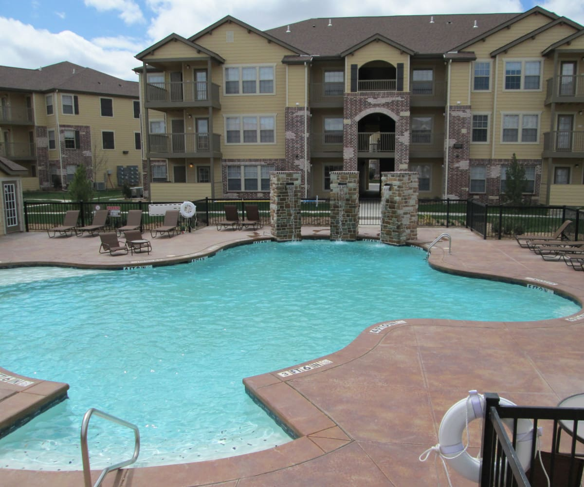 Resort style pool at Park at Coulter in Amarillo, Texas
