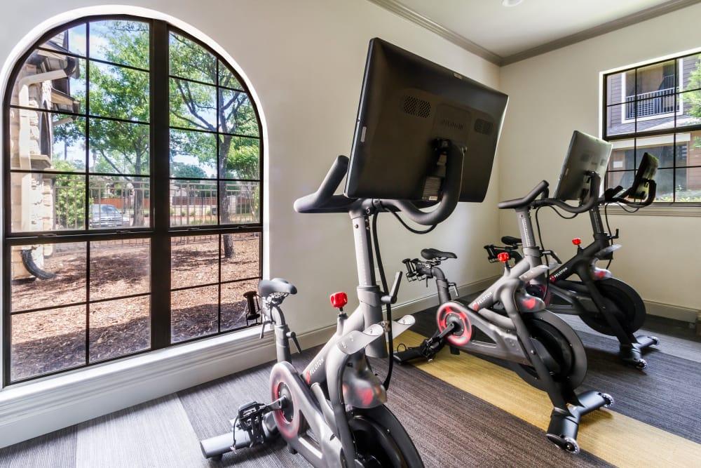 Spin room at Legacy at Cypress in Cypress, Texas
