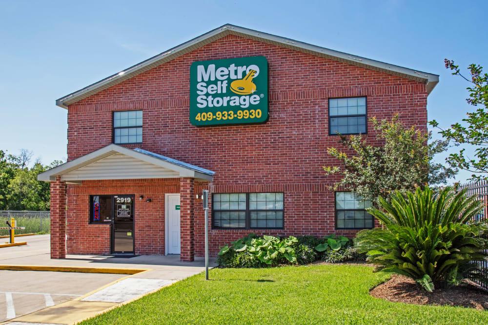 Office exterior view  at Metro Self Storage in La Marque, Texas