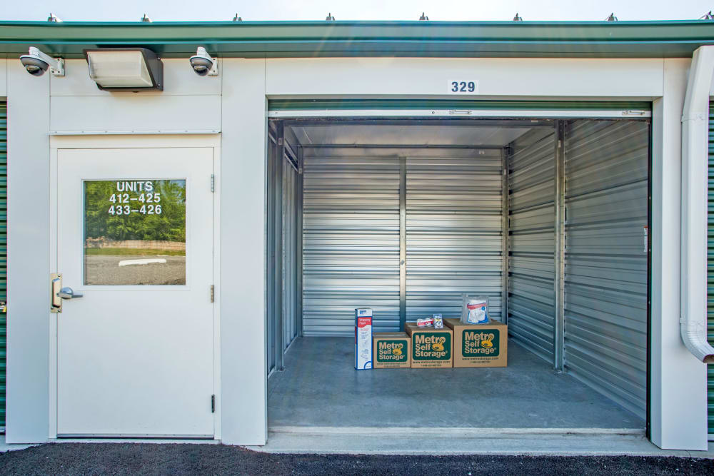 Large Exterior Unit at Metro Self Storage in Beach Park, IL