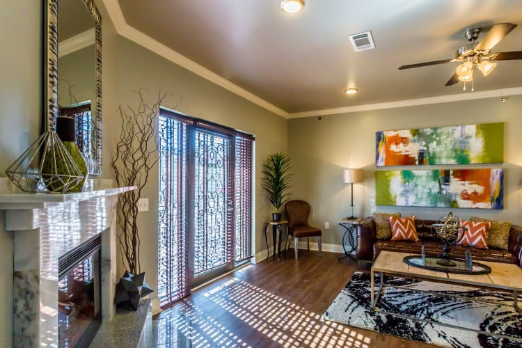 Apartment Features at Arlo Luxury Apartment Homes in Little Rock, Arkansas