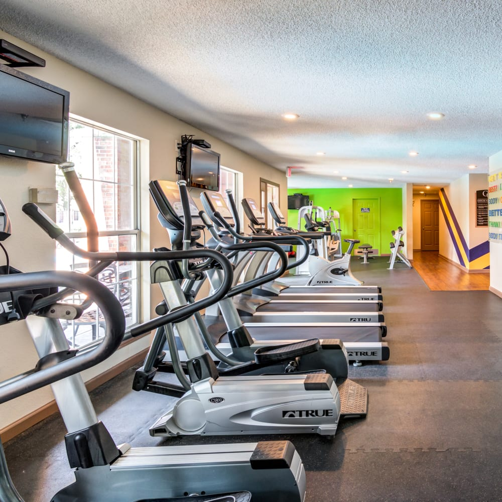 HarborFit Fitness center at Coach House Apartments in Kansas City, Missouri