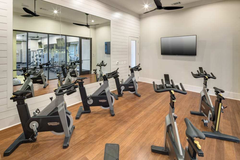 Alta Frisco Square offers a state-of-the-art fitness center in Frisco, Texas
