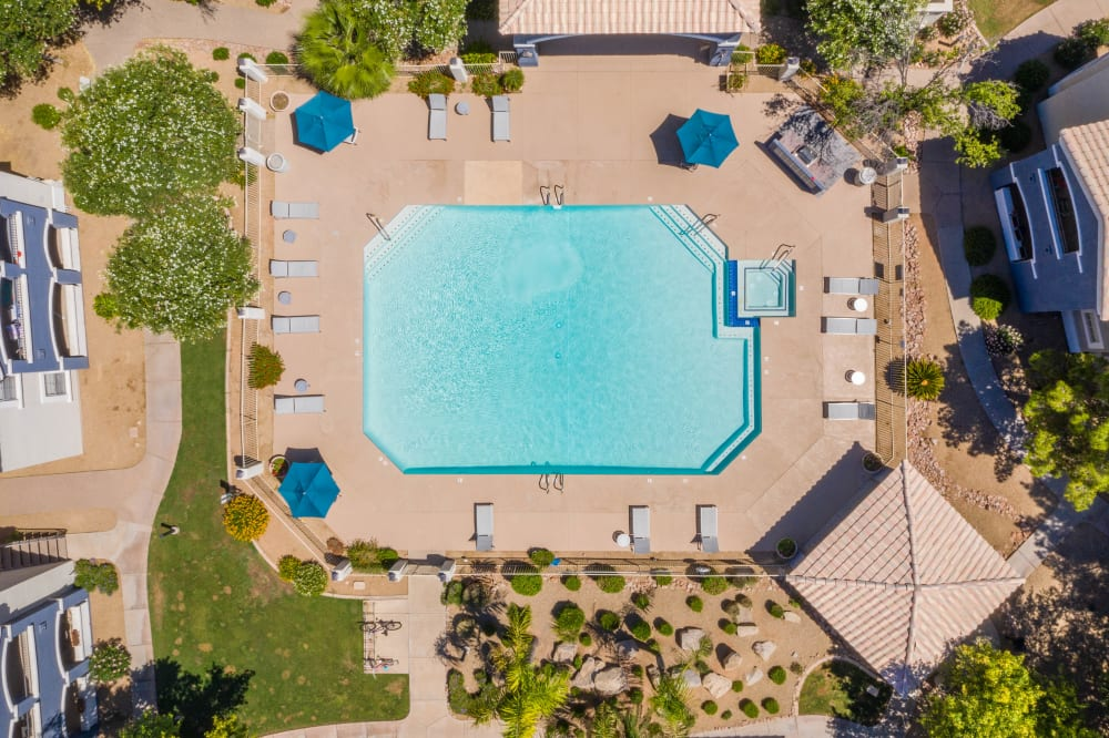View the amenities at The Sterling in Gilbert, Arizona