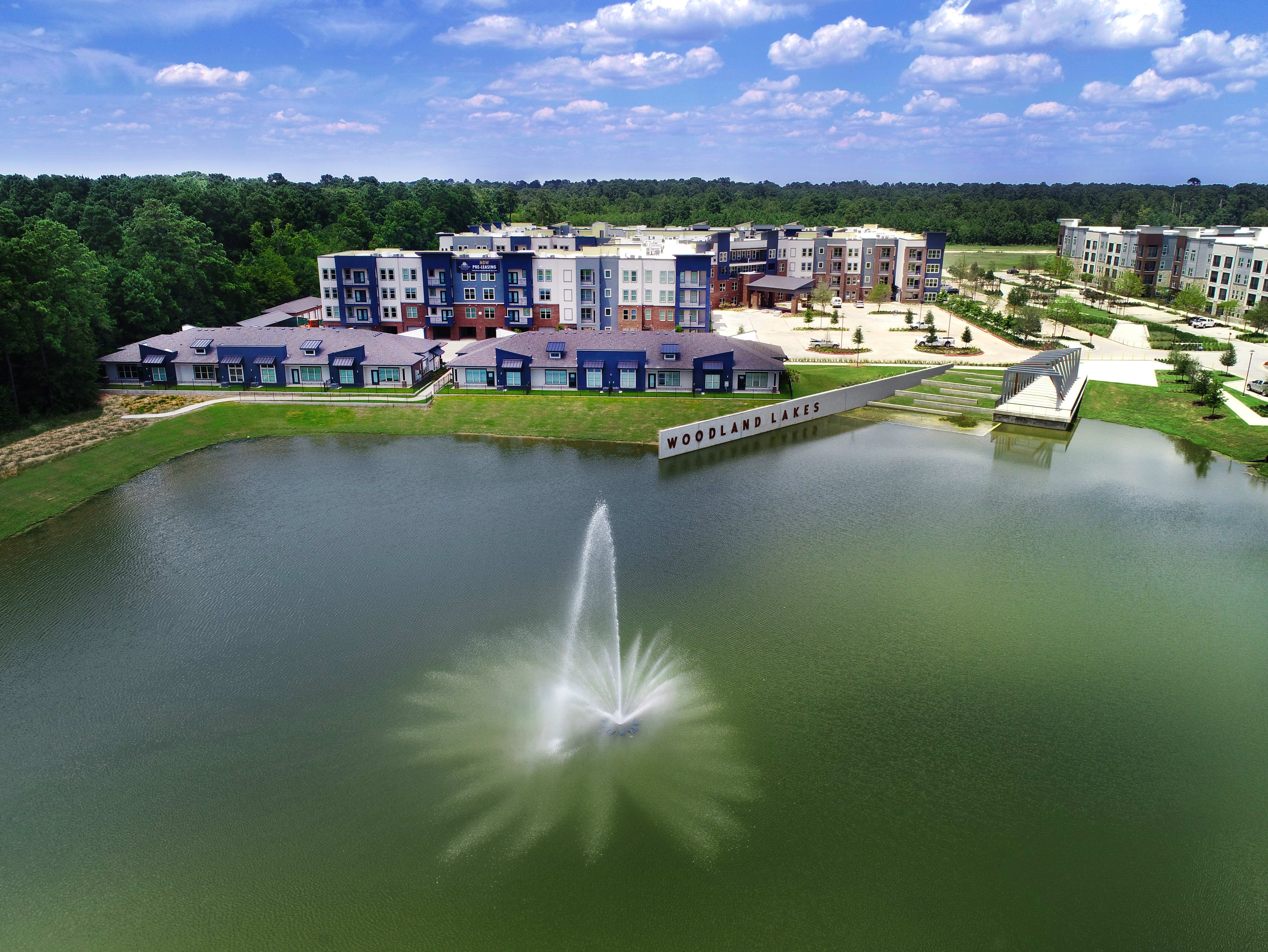 Senior living at Watermere at Woodland Lakes in Conroe, Texas