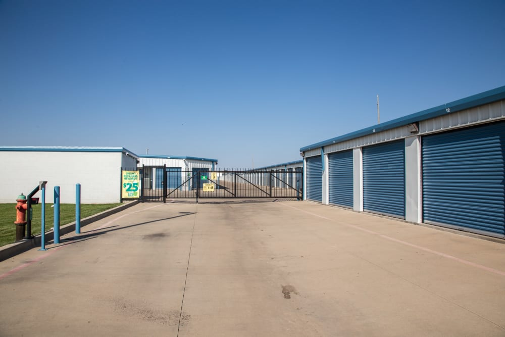 Outdoor units entrance at Metro Self Storage in Amarillo, Texas