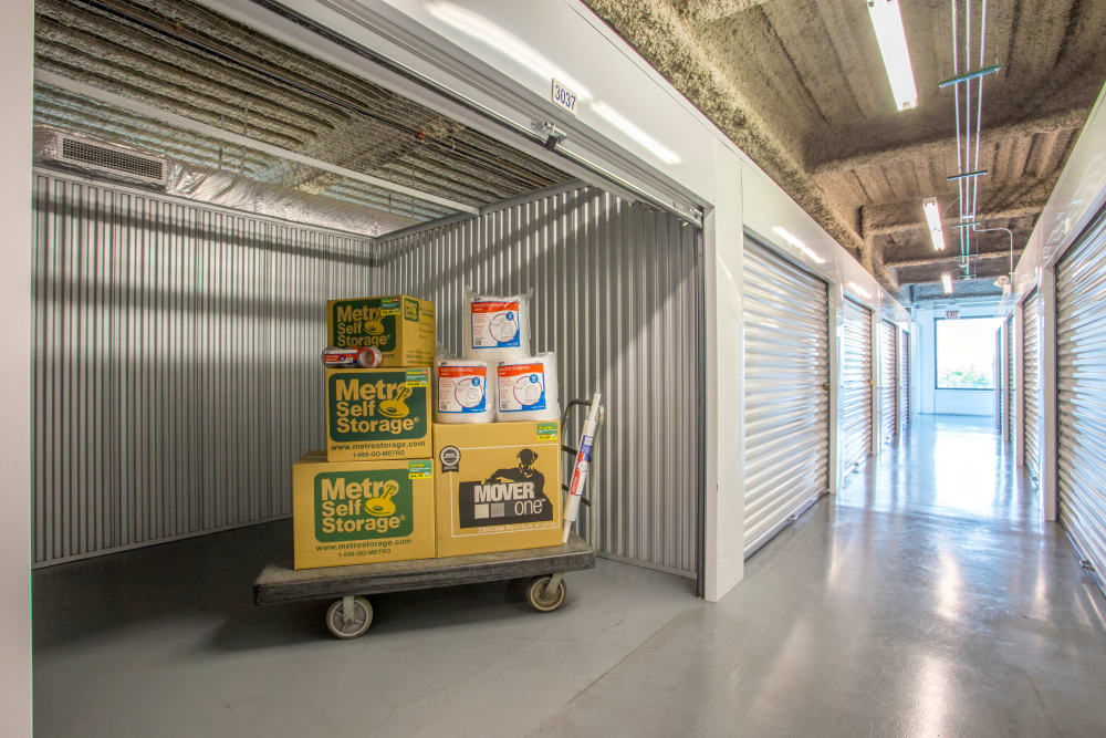 Large Interior Units at Metro Self Storage in Chicago, IL