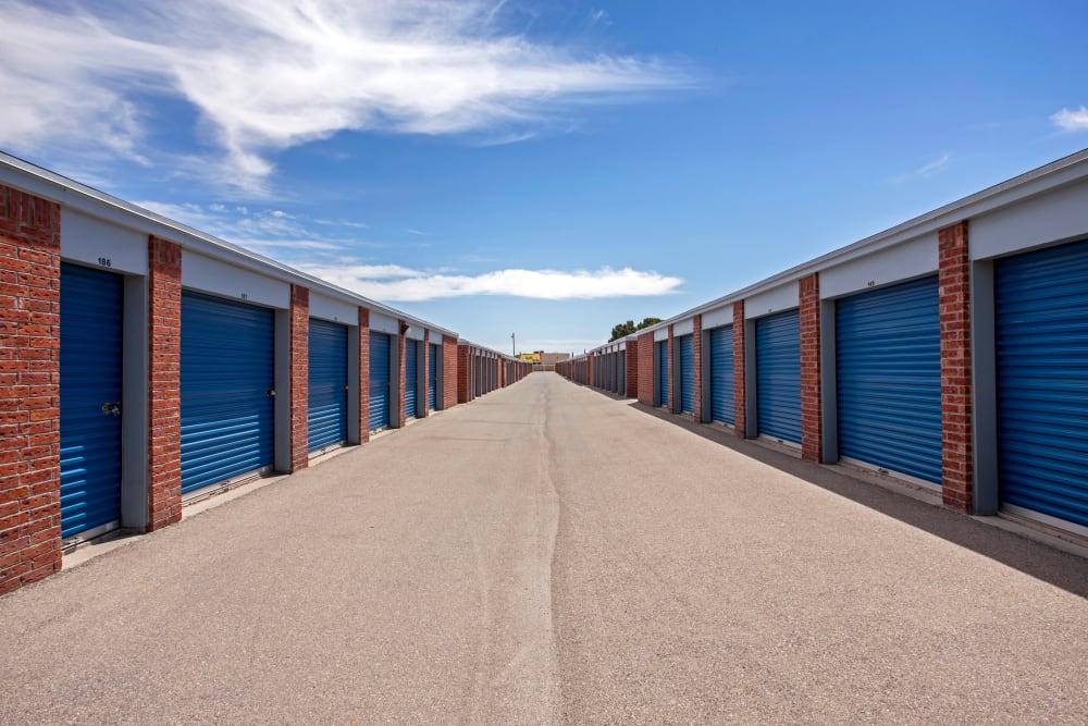 Exterior drive up units at Metro Self Storage in El Paso, Texas