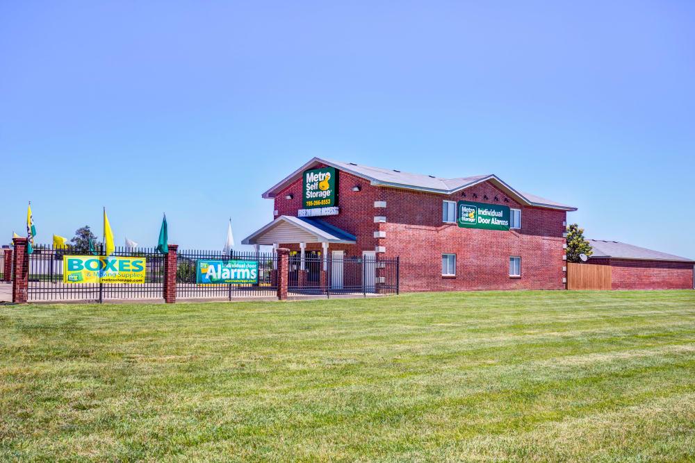 Facility exterior view at Metro Self Storage in Topeka, Kansas