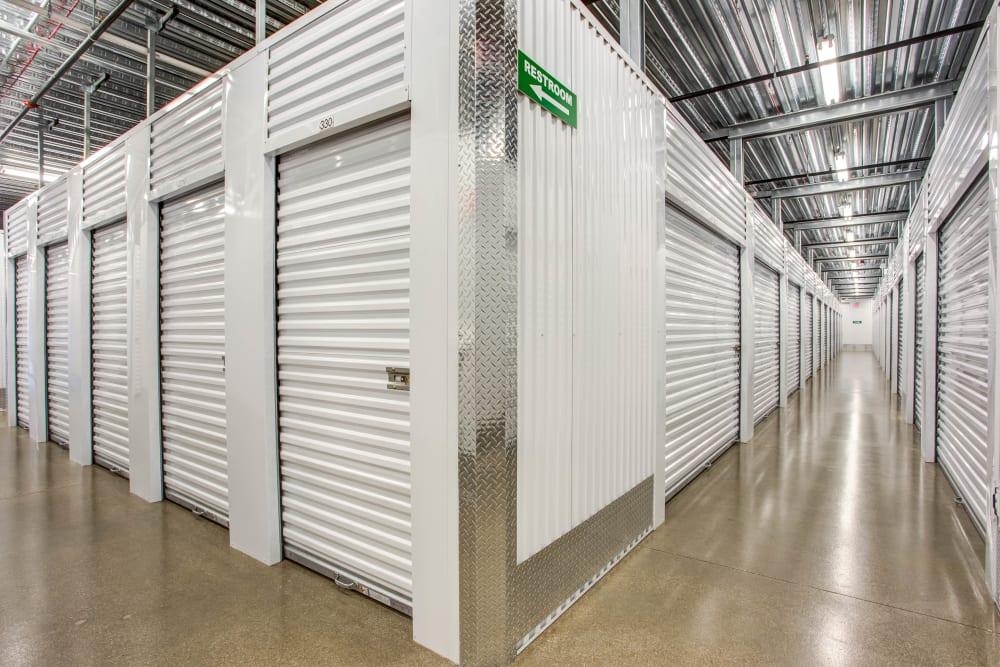 Metro Self Storage offers indoor units in Skokie, Illinois
