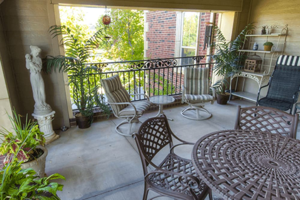 Relaxing patio at Mansion at Waterford Assisted Living in Oklahoma City, Oklahoma