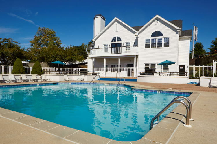Sparkling swimming pool at Middletown Ridge Apartments