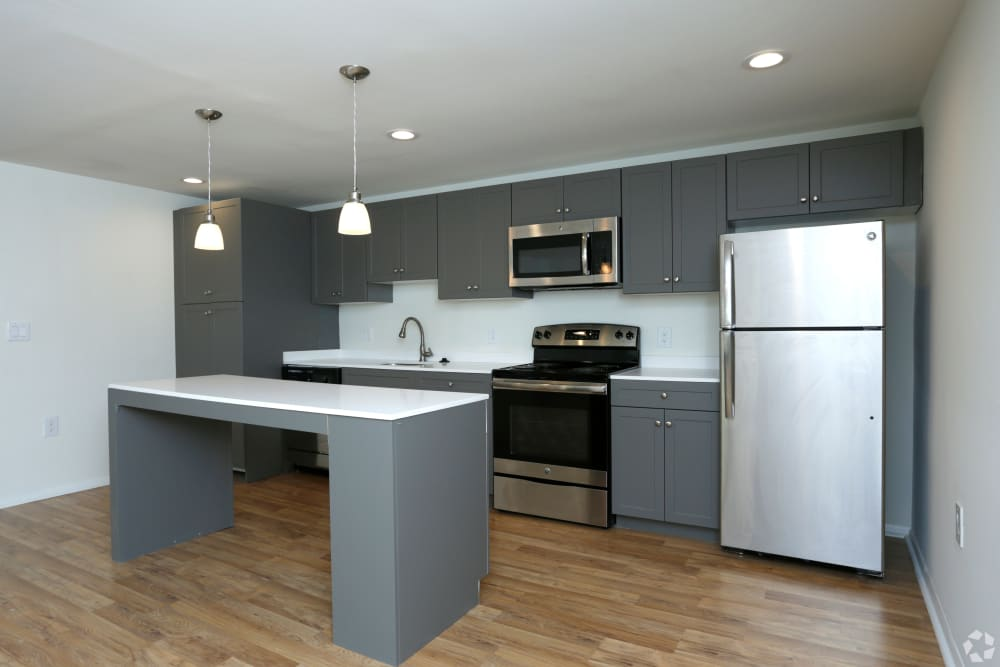 Quail Ridge Apartments in Plainsboro, NJ offers a gorgeous kitchen