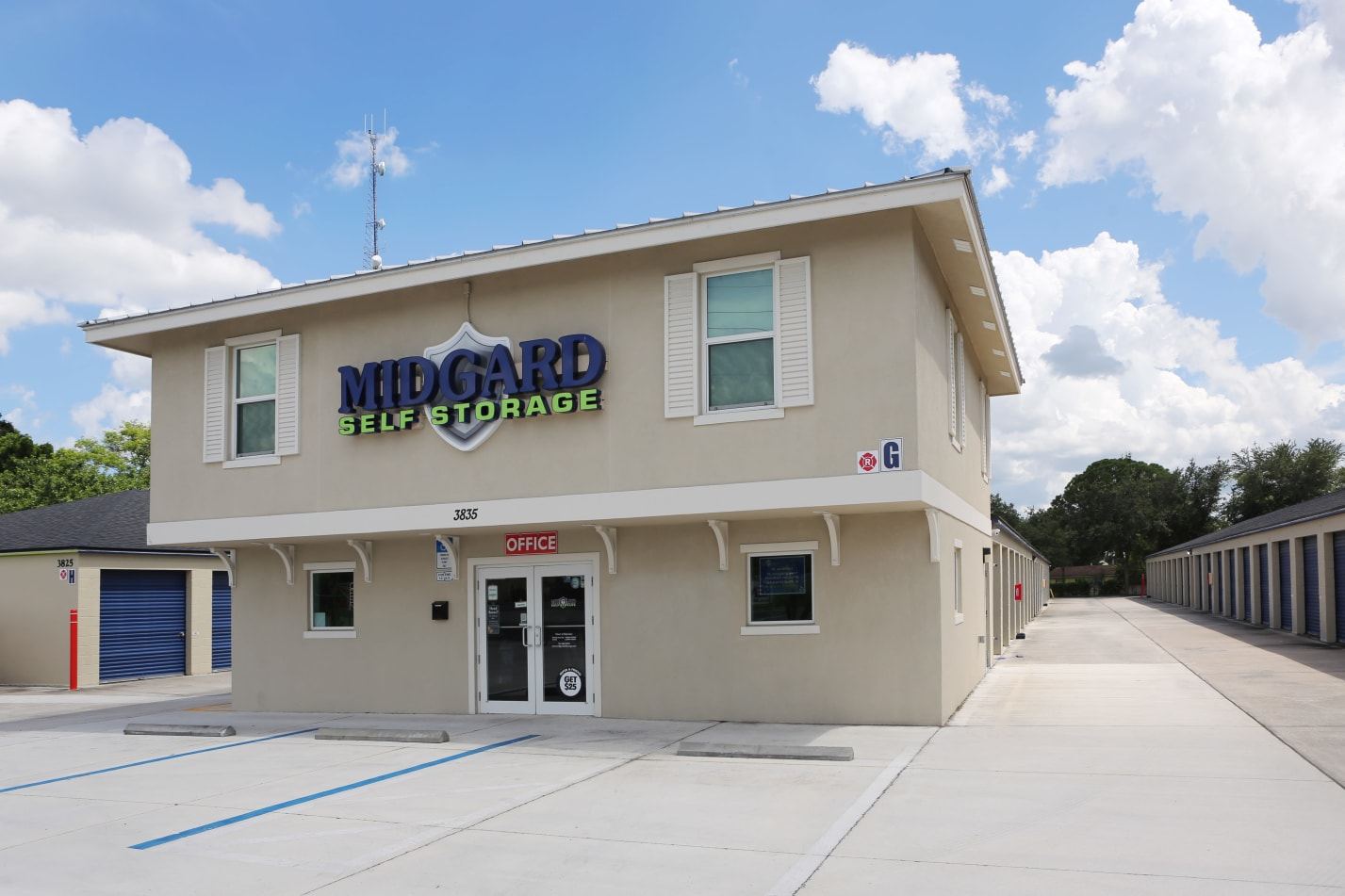 Store front at Midgard Self Storage in Cocoa, FL