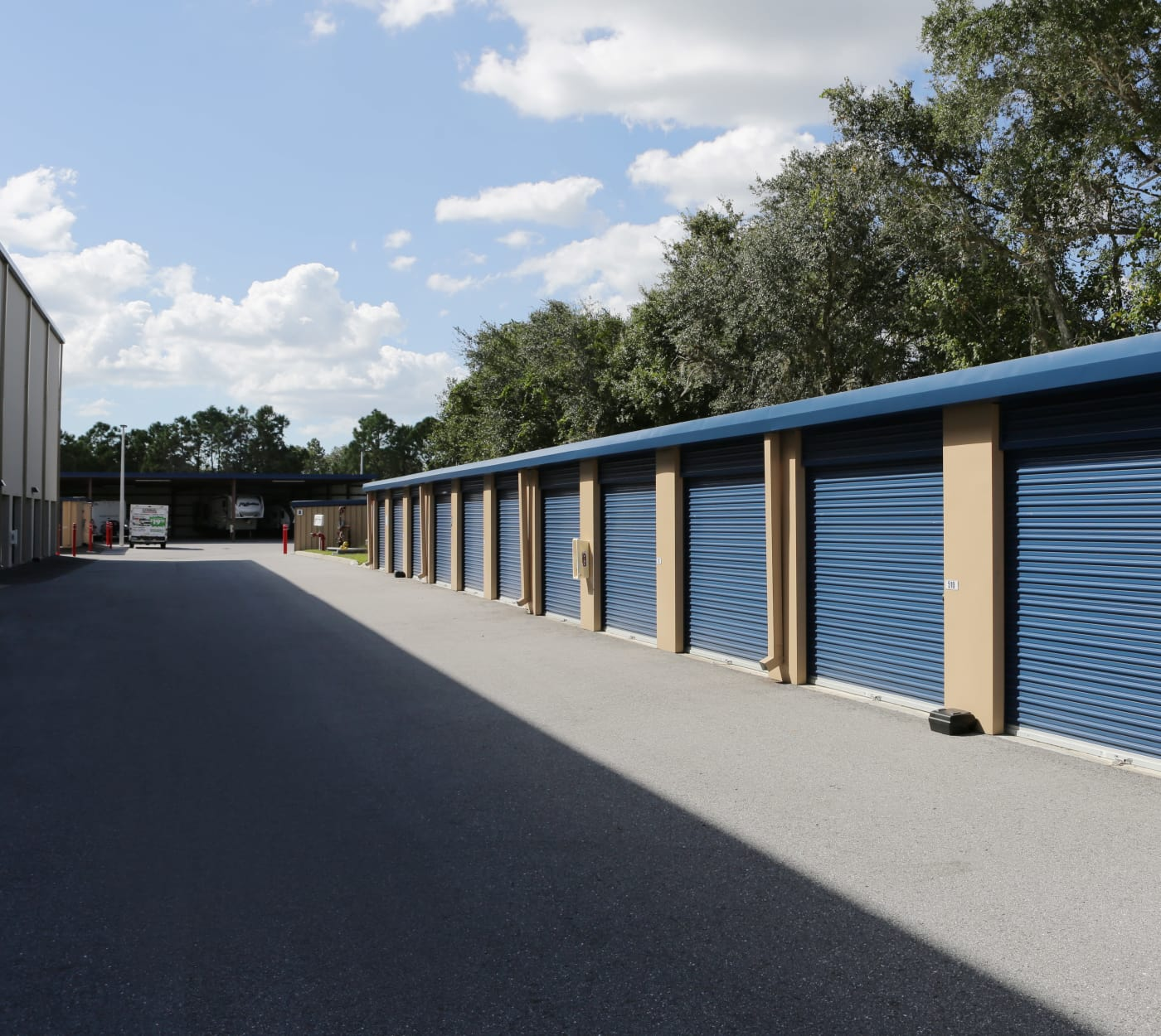 Ground-floor units at Midgard Self Storage in Bradenton, Florida