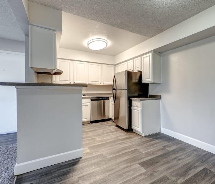 Garden Style Apartment: Garden Style Studio, 1 & 2 Bedroom Apartments In Thornton, CO