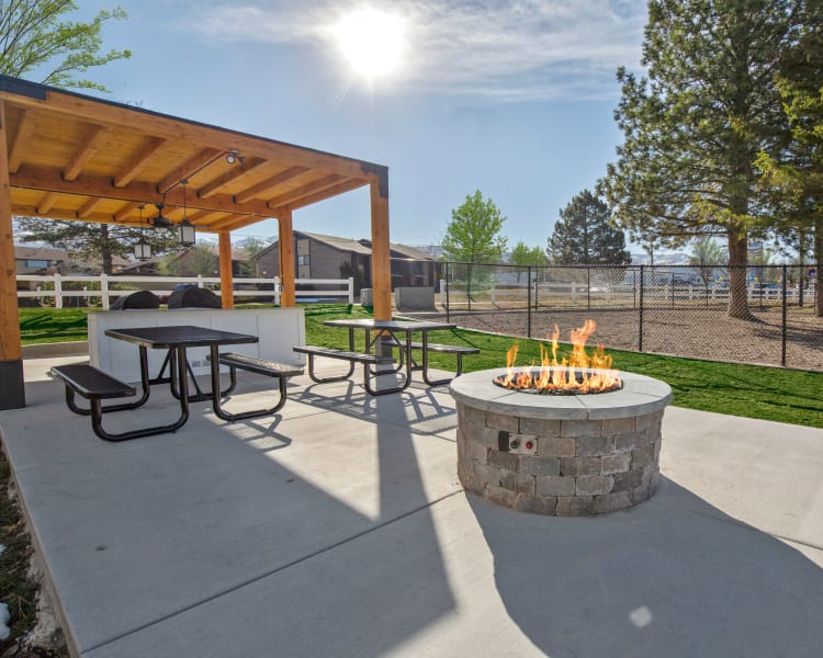 Click to see our amenities at Windgate Apartments in Bountiful, Utah