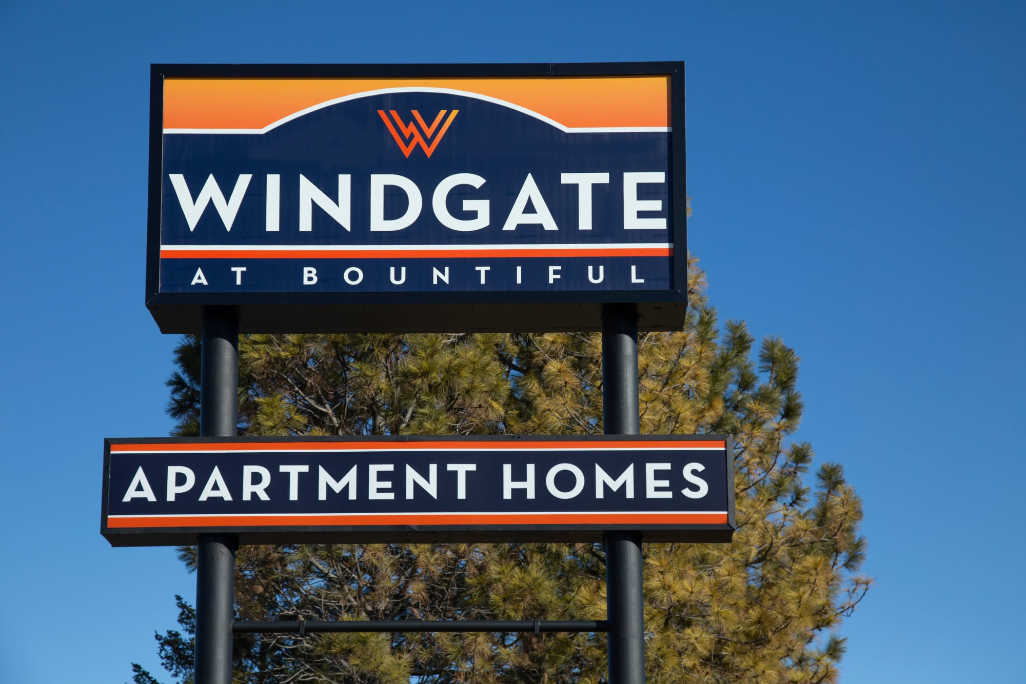 Monument sign at Windgate Apartments in Bountiful, Utah