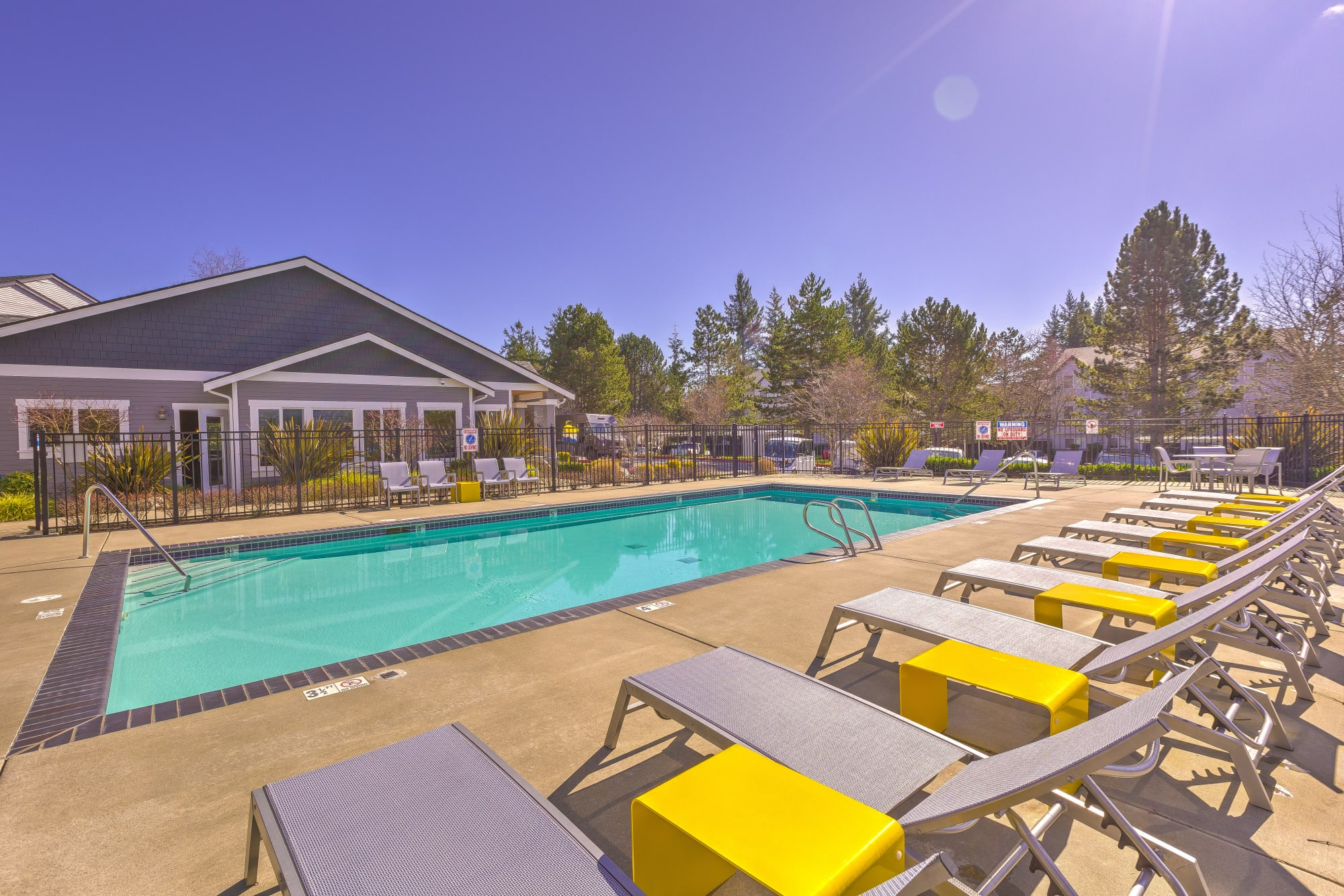 The sparkling pool at Cascade Ridge in Silverdale, Washington