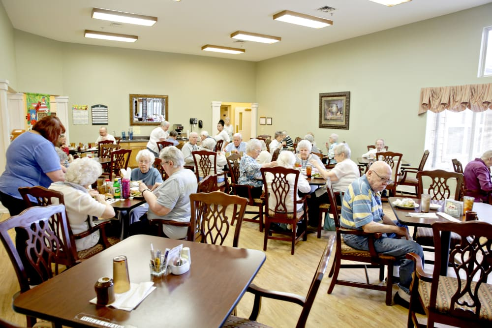 Residents enjoying a meal at Providence Assisted Living in Searcy, Arkansas.