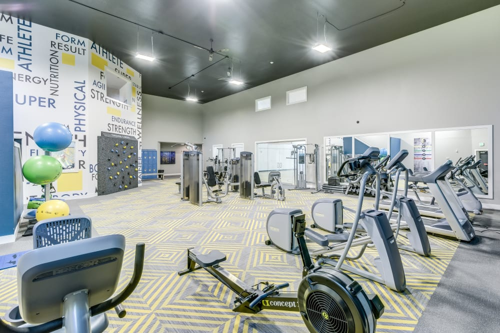 The fully equipped fitness center at Cascade Ridge in Silverdale, Washington