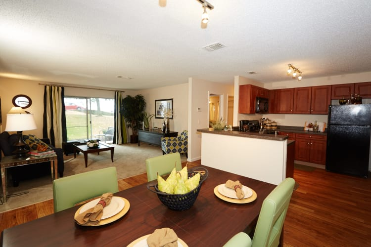 Ample living space at Middletown Ridge Apartments