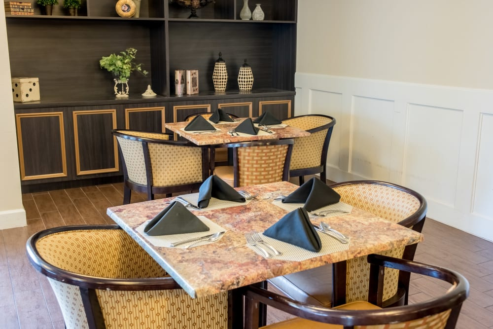Casual Resident dining room at Inspired Living in Sun City Center, Florida.