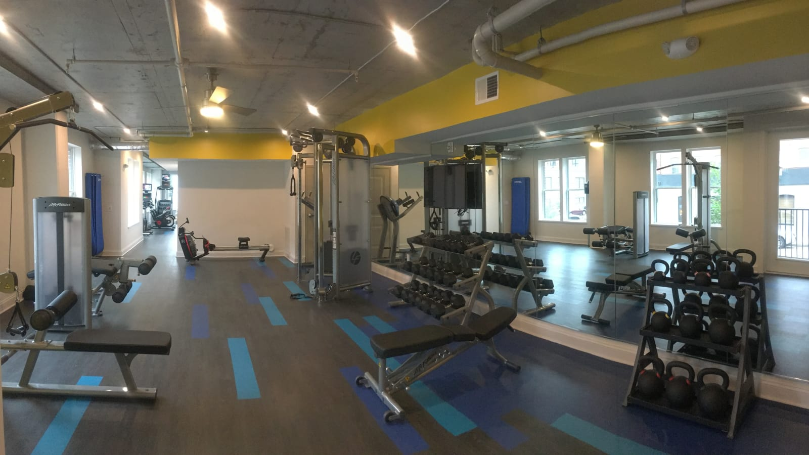 The Edge offers a spacious fitness center in Richmond, Virginia