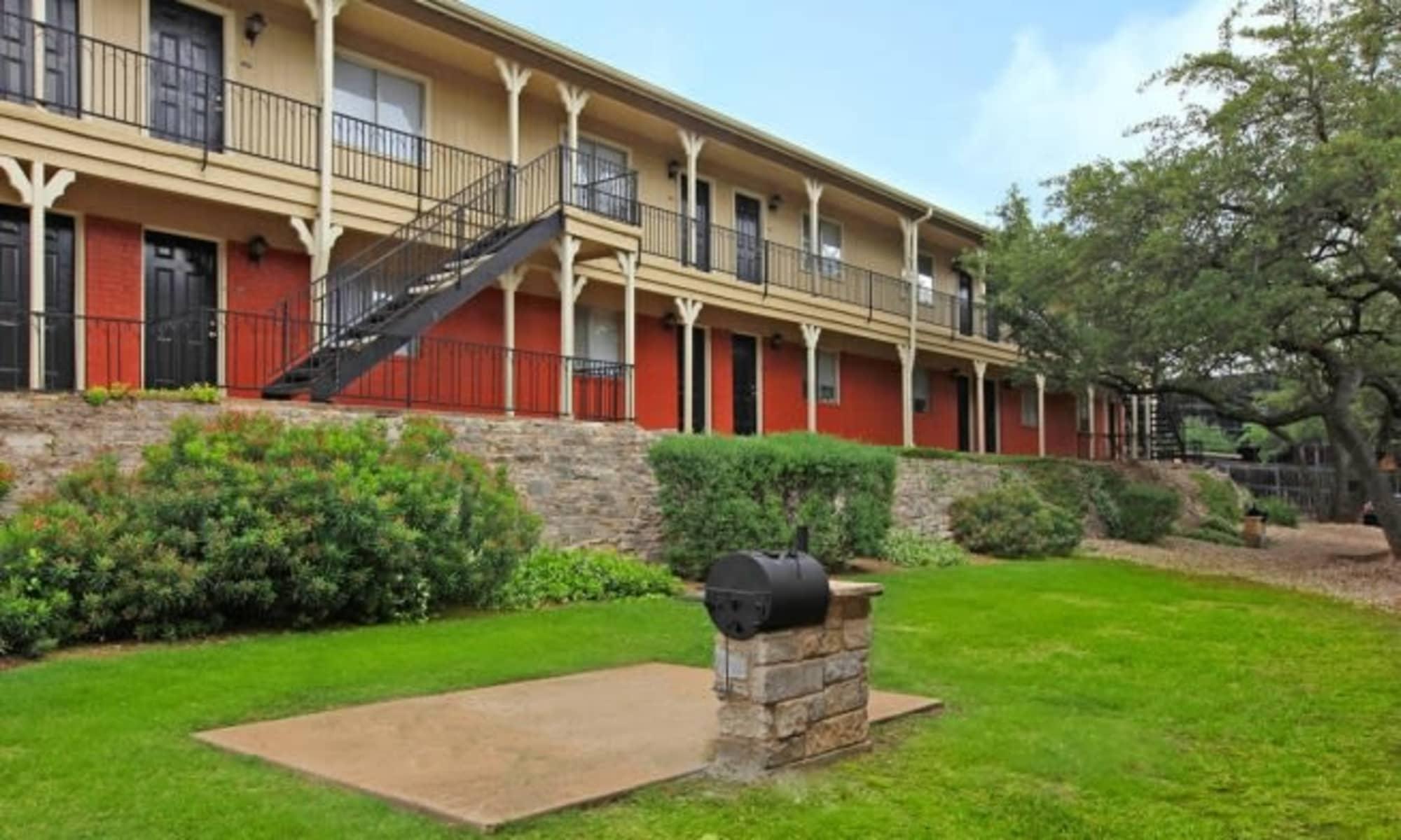 Apartments at Bridge at Terracina in Austin, Texas