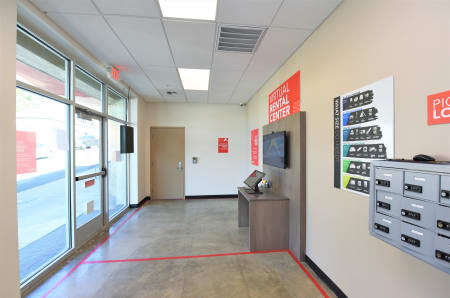 Virtual rental center entry at StorQuest Express - Self Service Storage, CA