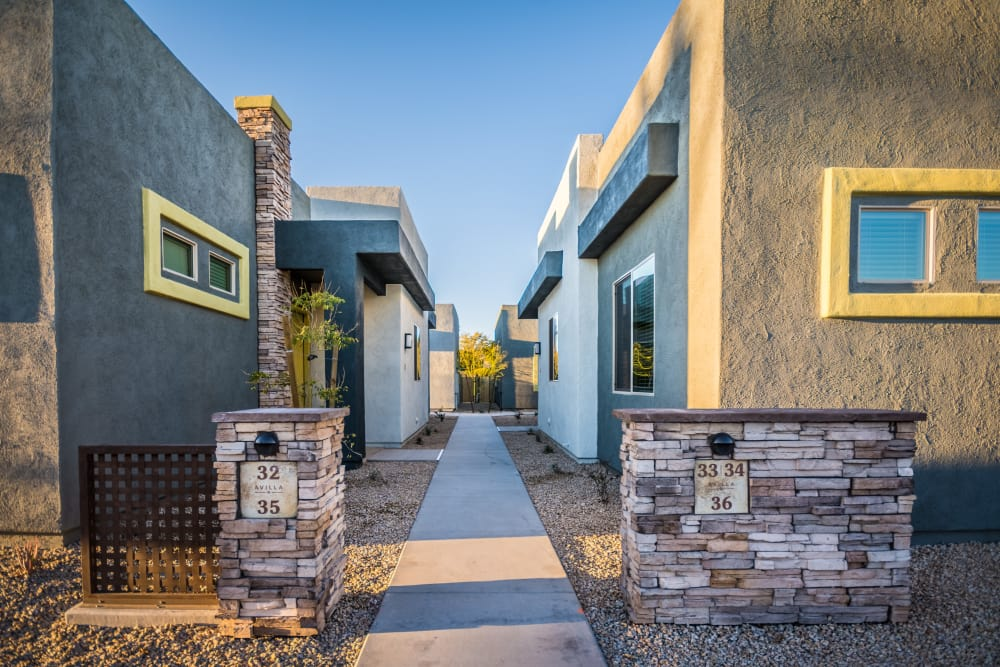Exterior view of the apartment homes at Avilla Victoria in Queen Creek, Arizona