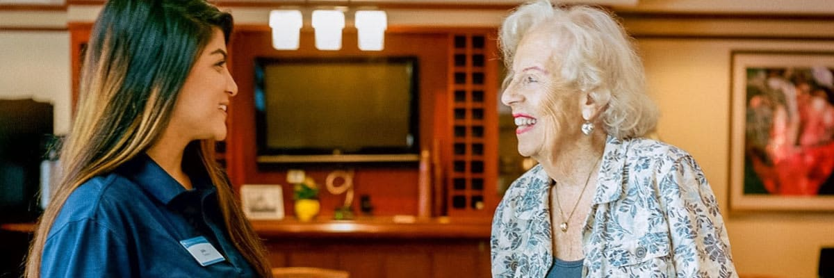 Find the right assisted living at Sunset Lake Village Senior Living in Venice, Florida