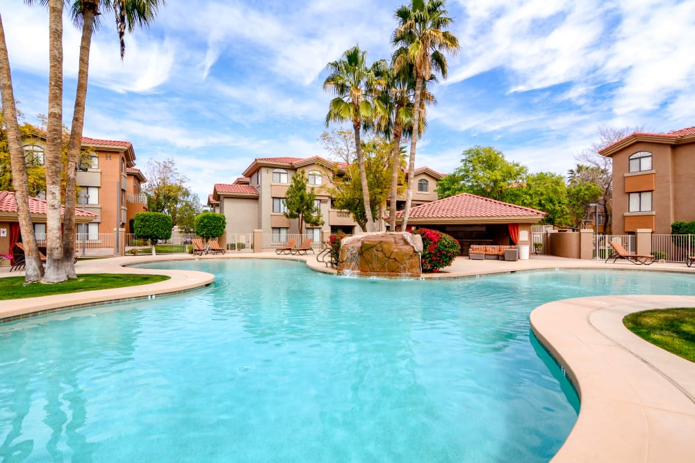 View the amenities at The Palms on Scottsdale in Tempe, Arizona