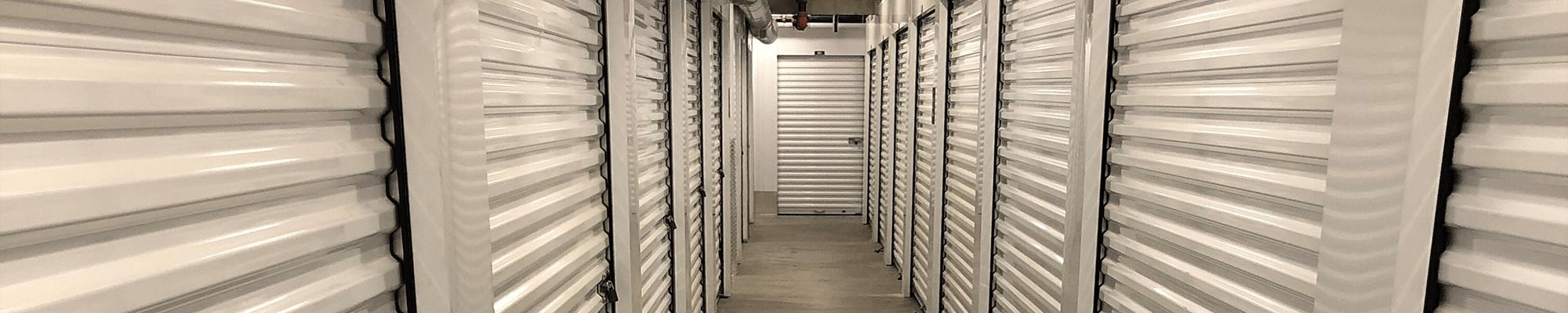 Self storage units in Storage Etc... De Soto in Chatsworth, California
